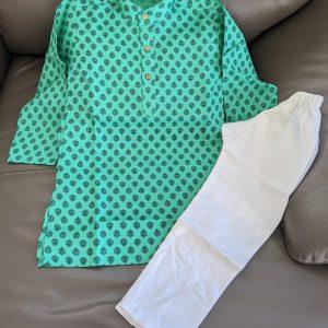 Boys Kurta Pyjama – Size 6